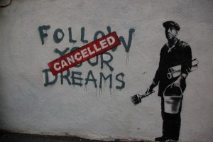 Banksy-Street-Art-2-e1330035449160